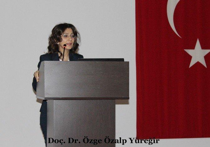 """Numune Hastanesi'nde """"Dünya Nadir Hastalıklar Günü"""" Konferansı"""