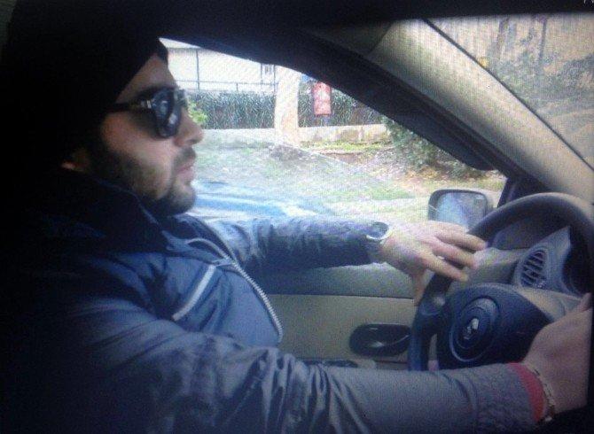 Polis Gül Dövmesiyle Gaspçıyı Yakaladı