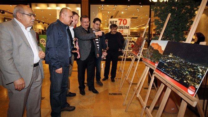 Piazza'da 12 Şubat, 12 Özel Fotoğraf İle Canlandı