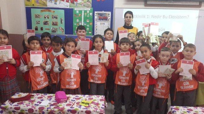 Kartepe Bilgi Evi Öğrencilerinin Eğitimleri Sürüyor