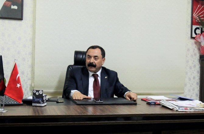 Muhalefet: Cumhurbaşkanı anayasal suç işlemektedir