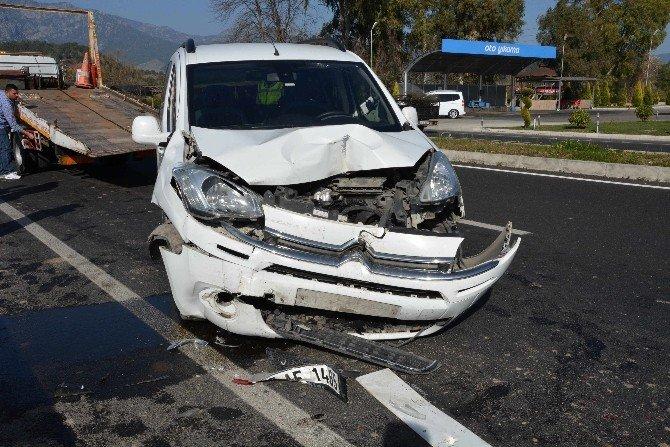 Köyceğiz' De Trafik Kazası; 1 Yaralı