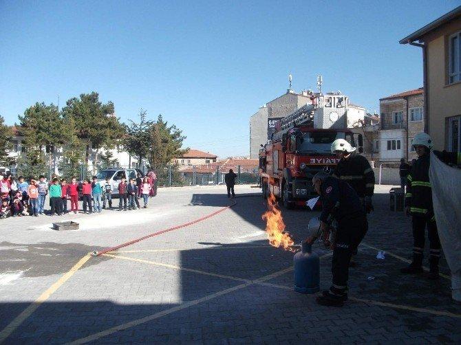 20 Temmuz İlkokulunda Yangın Tatbikatı Yapıldı