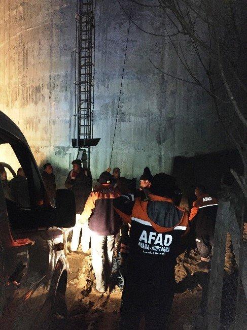 Hes İnşaatında Mahsur Kalan 4 İşçi Kurtarıldı