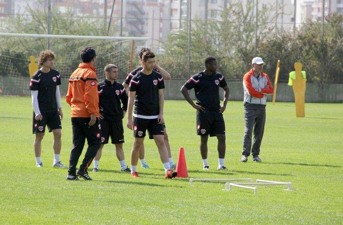 Teknik Direktör Engin İpekoğlu: Artık her maç çok zor geçecek