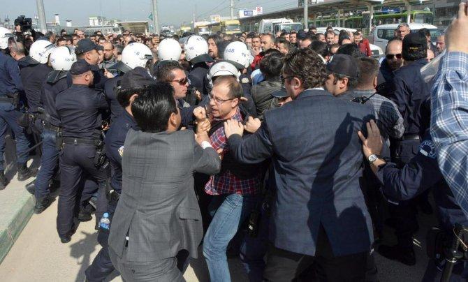 Renault'ta işçilere biber gazlı müdahale