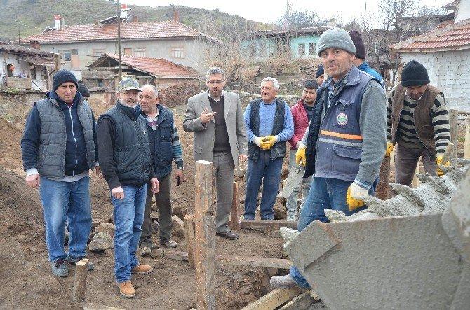 Sarıcakaya'da Virane Alanlar Park Ve Meydan Oluyor