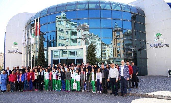 Şehitkamilli Yüzücüler Türkiye Şampiyonu Oldu