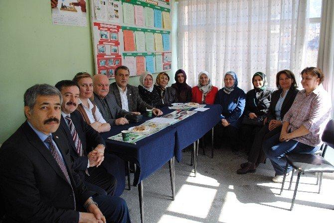 AK Parti'den Yeşilay'a Ziyaret