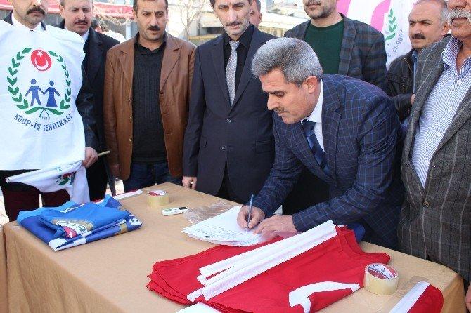Türk-iş'ten Kiralık İşçi Tasarısına Karşı İmza Kampanyası