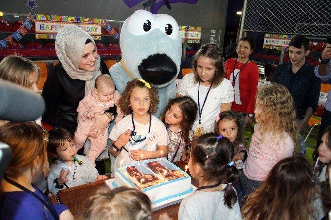 Hidayet Ve Eşi Banu Türkoğlu, Kızlarının Doğum Günününde Duygulandı