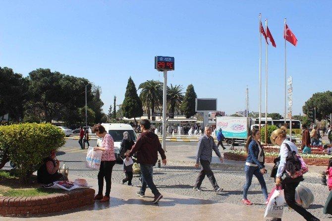 Aydın'da Mart Ayında Yaz Havası