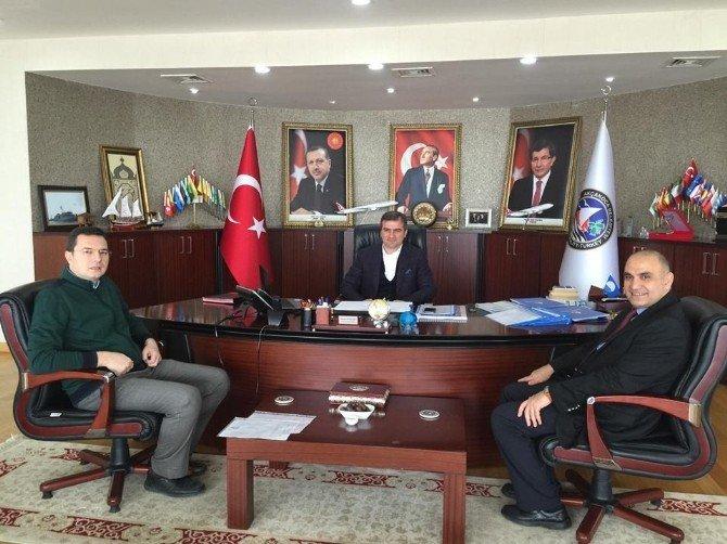 Üniversiteden Akçakoca Belediye Başkanı'na Ve Milli Eğitim Müdürü'ne Ziyaret