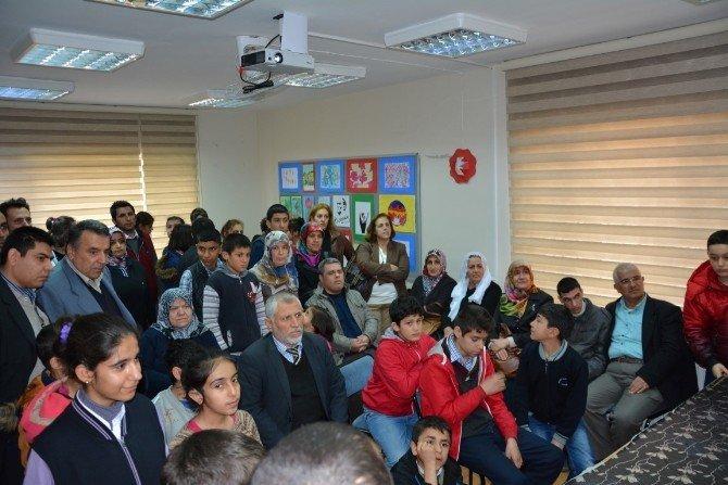 Engelsiz Yaşam Merkezinde Yılın İlk Sergisi Açıldı