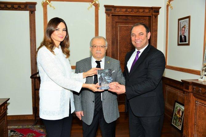 Azerbaycan Milletvekili Ganire Paşayeva, Vali Şentürk'ü ziyaret etti