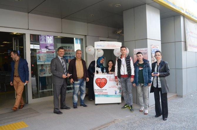 PTT binası girişinde organ bağış standı açıldı