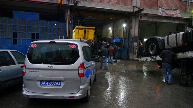 Kayınpederini ziyarete giden polis, silahlı saldırıya uğradı