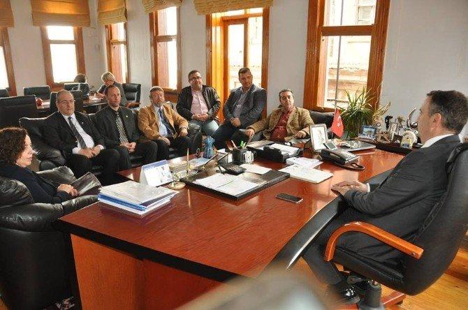 Başkan Gençer'e Muhasebecilerden Ziyaret
