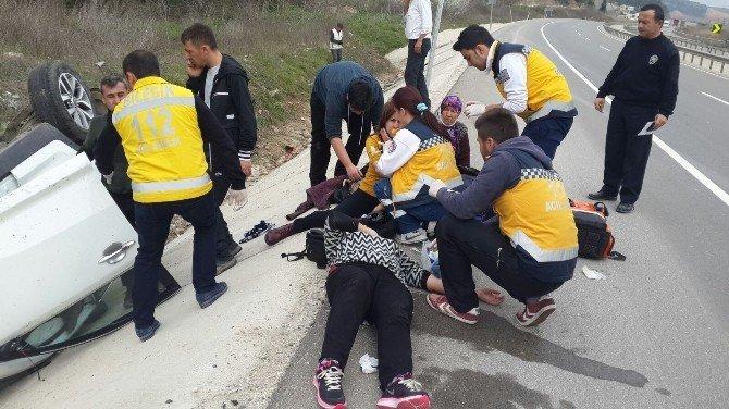 Otomobil Su Kanalına Uçtu: 6 Yaralı