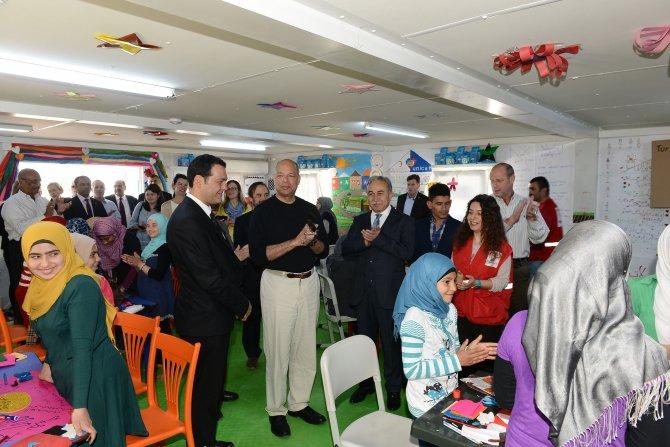 ABD Ülke Güvenliği Bakanı Johnson Suriyelileri ziyaret etti