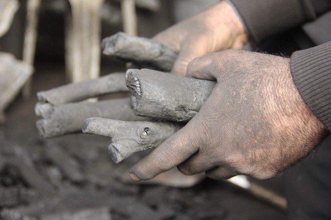 Sıcak Havalar Mangal Kömürü Satanların Yüzünü Güldürdü