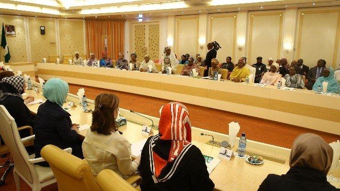 Emine Erdoğan, Buhari'nin Eşi Aıshe Buhari İle Görüştü