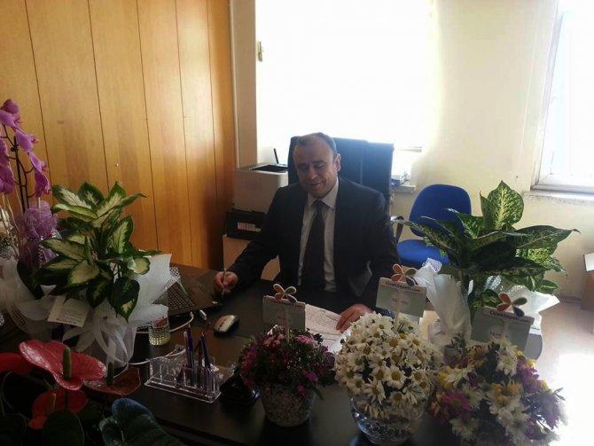 Sürgüne gönderilen savcı ve hakimler için 'Sürgün Çiçekler' kampanyası