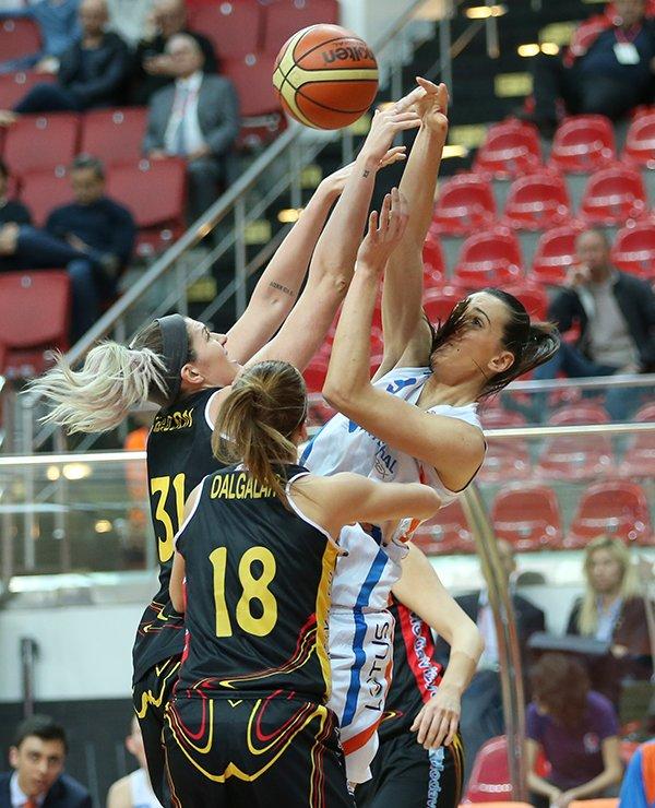 Edirnespor'u 74-59 mağlup eden B.G.D yarı finale yükseldi