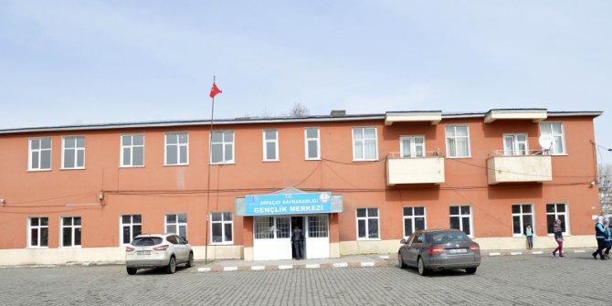 DAP İdaresi'nin desteklediği Arpaçay Gençlik Merkezi tamamlandı