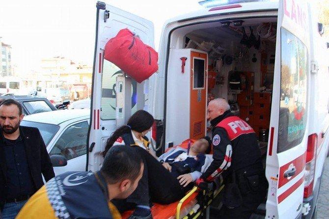 Kırşehir'de Lise Öğrencisi Kendini Bıçakladı