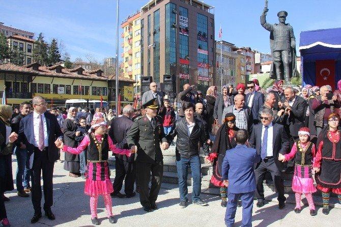 Rize'nin Rus İşgalinden Kurtuluşunun 98. Yıl Dönümü Horonlarla Kutlandı