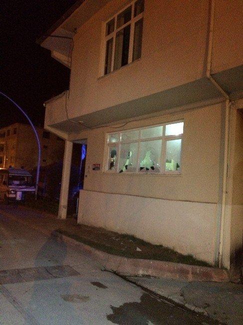 Sakarya'da Belediyeye Taşlı Saldırı