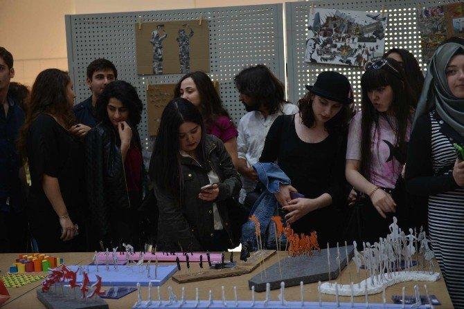 SAÜ Mimarlık Bölümü 'Mimarlık Karşılaşma No:1' Sergisi Düzenledi