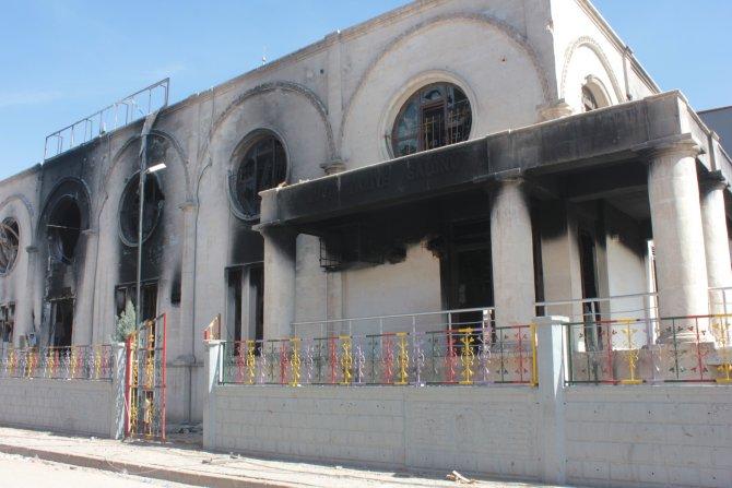 Cizre'de yasak kalktı, tehlike devam ediyor