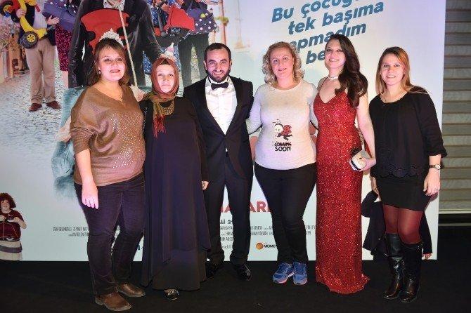 Sosyal Medyanın Yıldızları 'Ali Kundilli 2' Filminin Galasında Buluştu