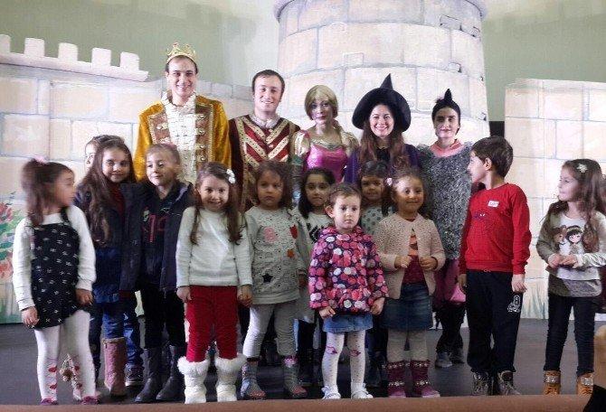 Süleymanpaşa Belediyesi Çocuk Kulübü Üyeleri Rapunzeli Ücretsiz İzlediler