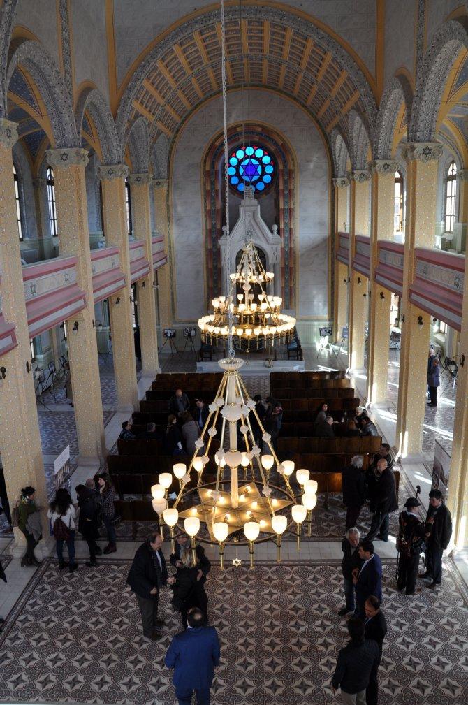 Musevilerin dini hayatı ve gelenekleri bu sergide
