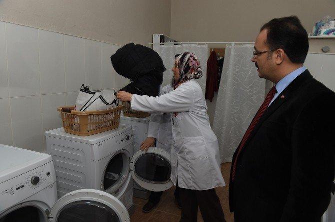 Uşak'ta Çamaşır Yıkama Merkezine İlgi Artıyor