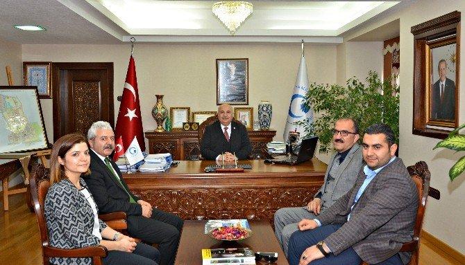 Yeşilay Cemiyeti'nden Adıyaman Üniversitesi'ne Ziyaret