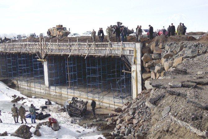 Ağrı'da Trafik Kazası: 3 Ölü, 1 Yaralı