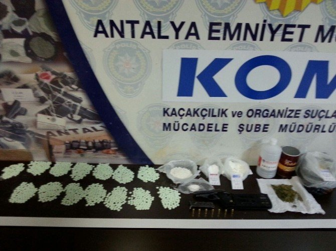 Antalya'da İki Ayda 66 Kişi Uyuşturucudan Tutuklandı