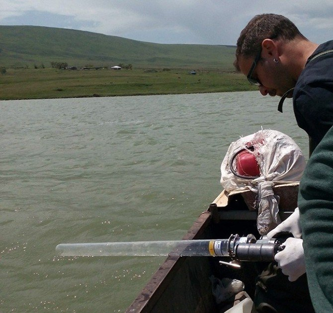 ARÜ'lü Akademisyenler Aygır Gölü'nü İnceleyecek