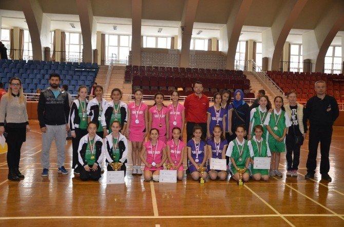 Yıldız Kızlar Badminton Şampiyonları Belli Oldu