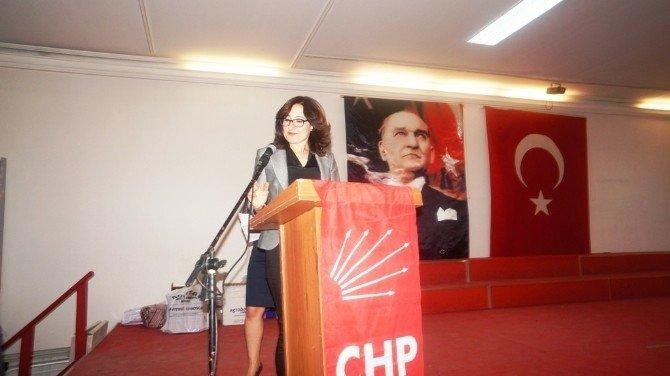 Manisa CHP Kadın Kolları Sarıgöl'de Toplandı