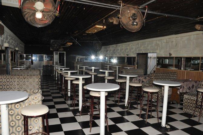 Kaçak gece kulübü yıkıldı