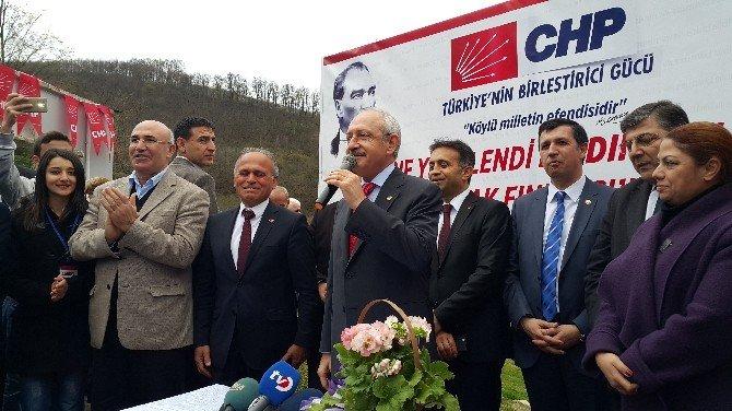 Kılıçdaroğlu, Fındık Üreticileriyle Buluştu