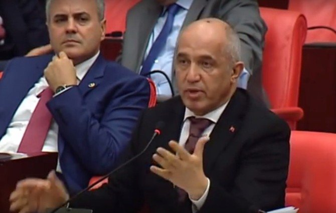 """İçişleri Bakanı Efkan Ala: """"Araç Sayısı Artıyor Ancak Yaşanan Trafik Kazalarında Azalma Var"""""""
