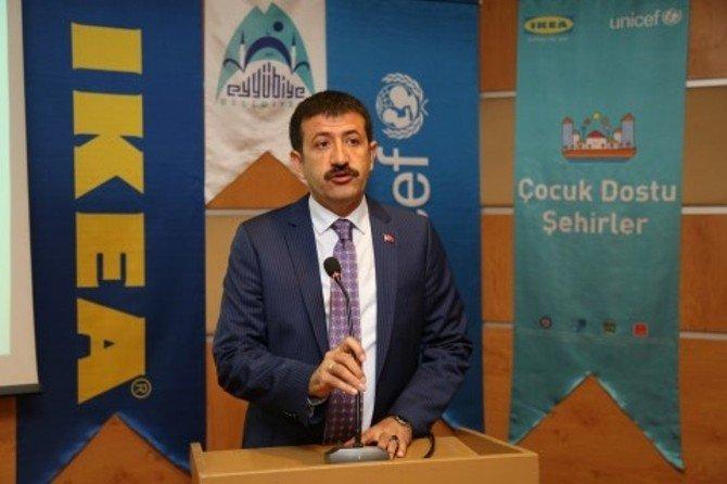 Eyyübiye Belediye Başkanı Mehmet Ekinci'ye Ödül Üstüne Ödül