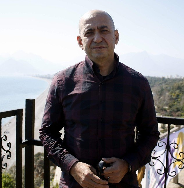 Antalyalı Girişimci Pilot, Türkiye'nin İlk Yerli Paraşütünü Üretti