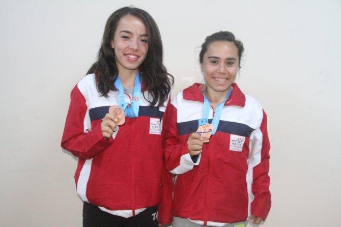 Hatay Aletizm Takımı, Türkiye Yürüyüş Şampiyonası'ndan 3 madalya ile döndü